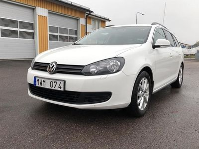 begagnad VW Golf VI 1.6 TDI BlueMotion Technology Variant