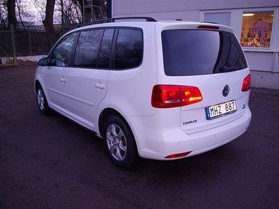begagnad VW Touran 1.6 TDi Diesel Minibuss 105 hk