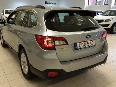 begagnad Subaru Outback 2,0D Base Automat 2015, Kombi 275 000 kr
