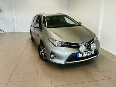 begagnad Toyota Auris Touring Sports Hybrid 1.8 KOMBI ,EDITION FEEL, GARANTI TILL 2025