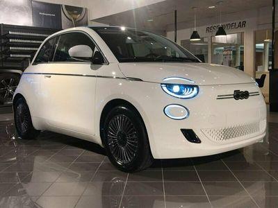 begagnad Fiat 500C ICON BEV CAB P-leasing Från 3489kr/mån