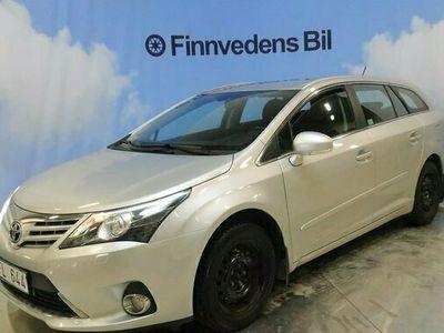 begagnad Toyota Avensis Kombi 1.8, v-hjul/drag/nyservad/m-värmare