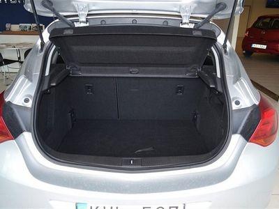 begagnad Opel Astra 1.3 CDTI ecoFLEX 5dr (95hk)