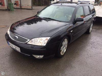 begagnad Ford Mondeo 2.5 V6 GHIA -04