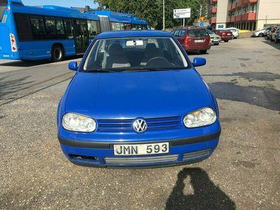 begagnad VW Golf 1.6 Comfort, 100hk Ny besiktigad
