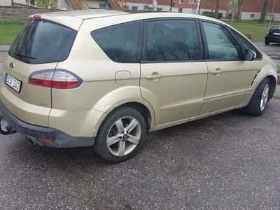begagnad Ford S-MAX