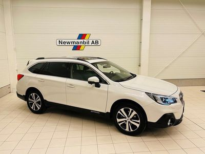 begagnad Subaru Outback 2.5 4WD Lineartronic 175hk Summit