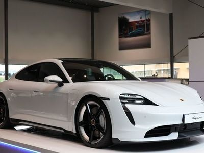 begagnad Porsche Taycan Turbo Turbo