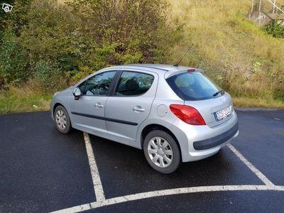begagnad Peugeot 207 5-dörrar 1,4 manuell 88hk -06
