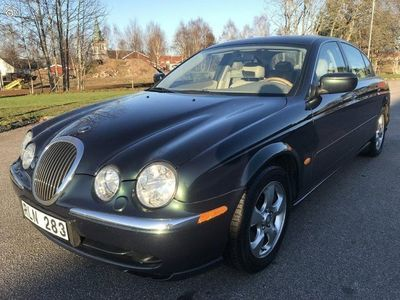 begagnad Jaguar S-Type 3.0 V6/ Ny Bes/ Auto/ 10500 mil -00