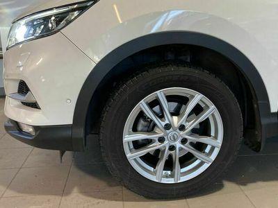 begagnad Nissan Qashqai DIG - T 115 TEKNA+ 2WD 6M / T BOSE / / Vinterhjul / /