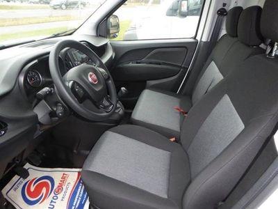 begagnad Fiat Doblò L1 1,3 Mjt 90hk 3-sits -16