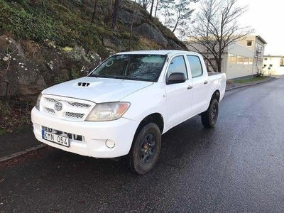 begagnad Toyota HiLux Double cab 2,5 4X4