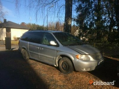 begagnad Chrysler Grand Voyager Town & Country 3,8, 2001.