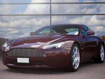 begagnad Aston Martin V8 Vantage 4.3Sportshift II / 385hk / Nyservad /