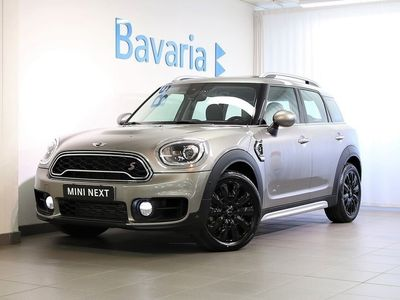 begagnad Mini Cooper S Countryman ALL4 WIRED Chili Essential Plus Assist Packa