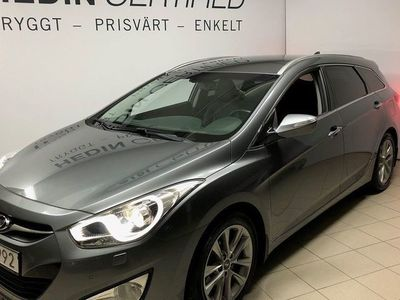 usado Hyundai i40 KOMBI BUSINESS / DRAG / NAVI / VÄRMARE / SOMMARREA /