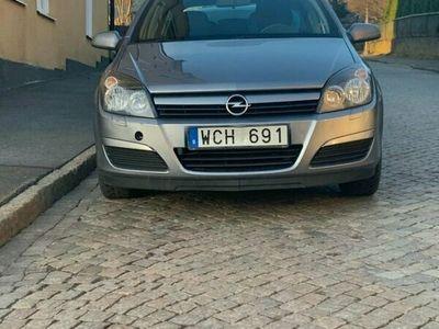 begagnad Opel Astra 5D 1.8 ENJOY