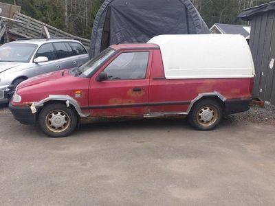begagnad VW Caddy pickup