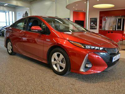 begagnad Toyota Prius Plug-in Hybrid 1.8 Executive Vinterhjul ingår!