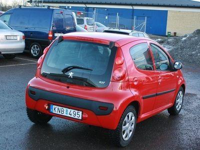 gebraucht Peugeot 107 1,0 5D BESIKTAD TVÅ BRUKARE