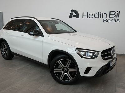 begagnad Mercedes GLC220 D // 4MATIC // SUV // Demo // Värmaren // Dragkrok // Multibeam // night package //
