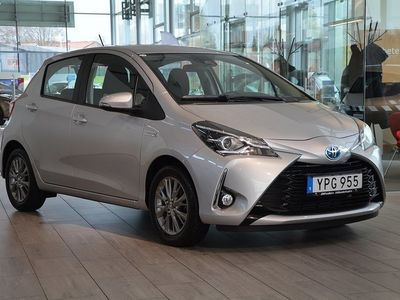 begagnad Toyota Yaris 1,5 Hybrid Active 5d -18