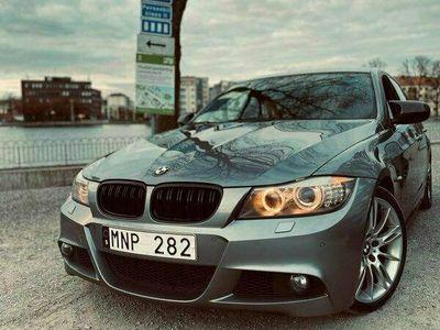 begagnad BMW 325 I SEDAN