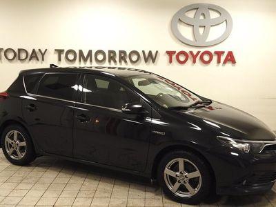 begagnad Toyota Auris Hybrid intense edition