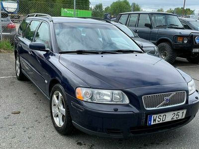 begagnad Volvo V70 2.5T Business 210hk,Drag,Nybes,Nyserv,Tonade Rutor