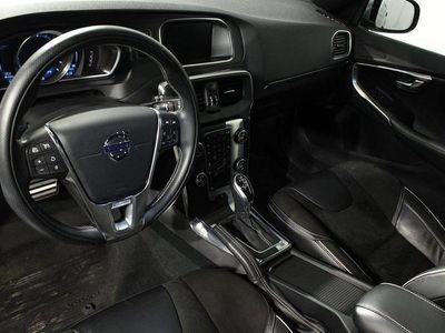 begagnad Volvo V40 D2 Aut R-Design