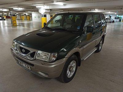 begagnad Nissan Terrano II 5-dörrar 2.4 4WD 7-sits 116hk