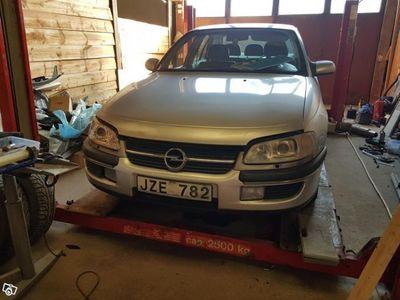begagnad Opel Omega -99