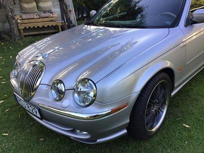 begagnad Jaguar S-Type 4.0 V8