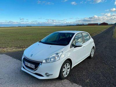 begagnad Peugeot 208 5-dörrar 1.4 HDi 1103kr Årskatt