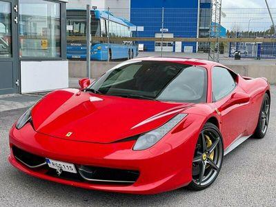 begagnad Ferrari 458 Italia 4.5 V8 DCT 570hk SPORTAVGASYSTEM