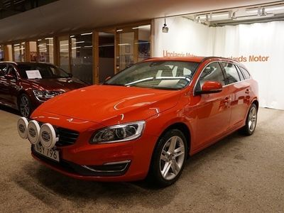 begagnad Volvo V60 D5 AWD Plug In hybrid Momentum BE
