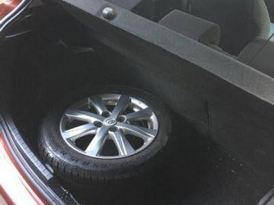 gebraucht Toyota Yaris 1,33 active go touch -12