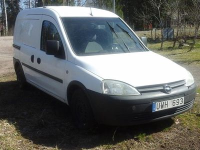 begagnad Opel Combo Van 4-dörrar 1.7