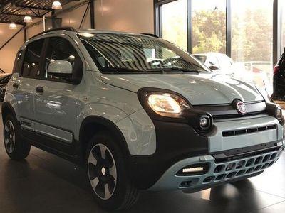 begagnad Fiat Panda LAUNCH EDITION 4X2 1.0 GSE 2020, Kombi 164 300 kr