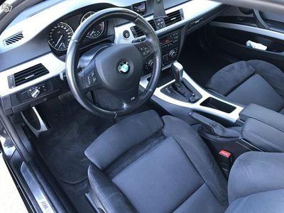 begagnad BMW 320 D xDrive Touring Automat -12