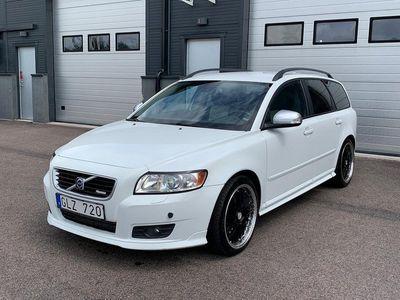 begagnad Volvo V50 2.0 D Momentum / R-Design / Drag