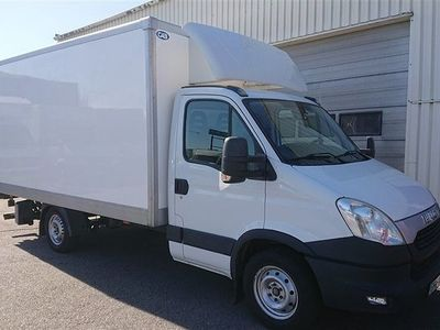 begagnad Iveco Daily Chassis 2.3 JTD 146 hk Aut Bakgavellyft
