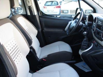 begagnad Citroën Berlingo 1.6 HDi 90 Multispace Family III Svensksåld 2014, Kombi 114 900 kr