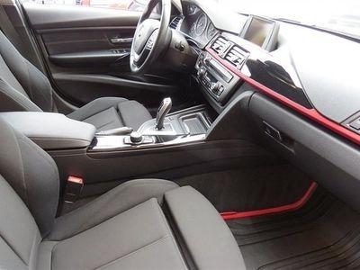 begagnad BMW 320 dA Sportline / Advantade Edition