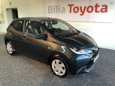 begagnad Toyota Aygo 1.0 X-Play 5-D