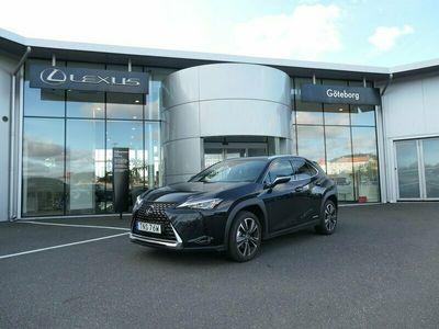begagnad Lexus UX 250h Comfort Teknik-pkt Plus Euro 6 180hk 2,95% Ränta!