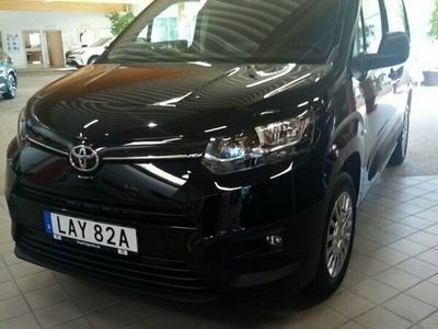 begagnad Toyota Proace City 1,5D Adblue 130 HK S&S Aut 8 COMFORT