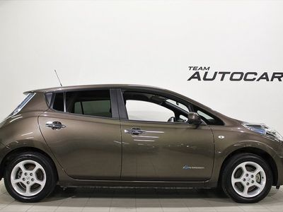 begagnad Nissan Leaf 30 kWh GPS BACKKAMERA 2017, Halvkombi 188 900 kr