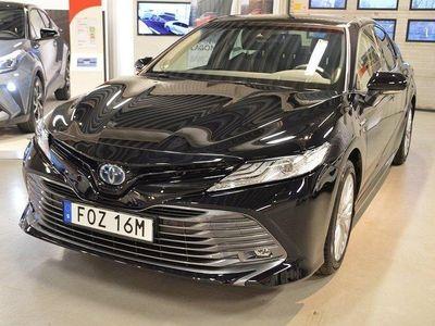 begagnad Toyota Camry Elhybrid NAVI Vinterhjul Friktio